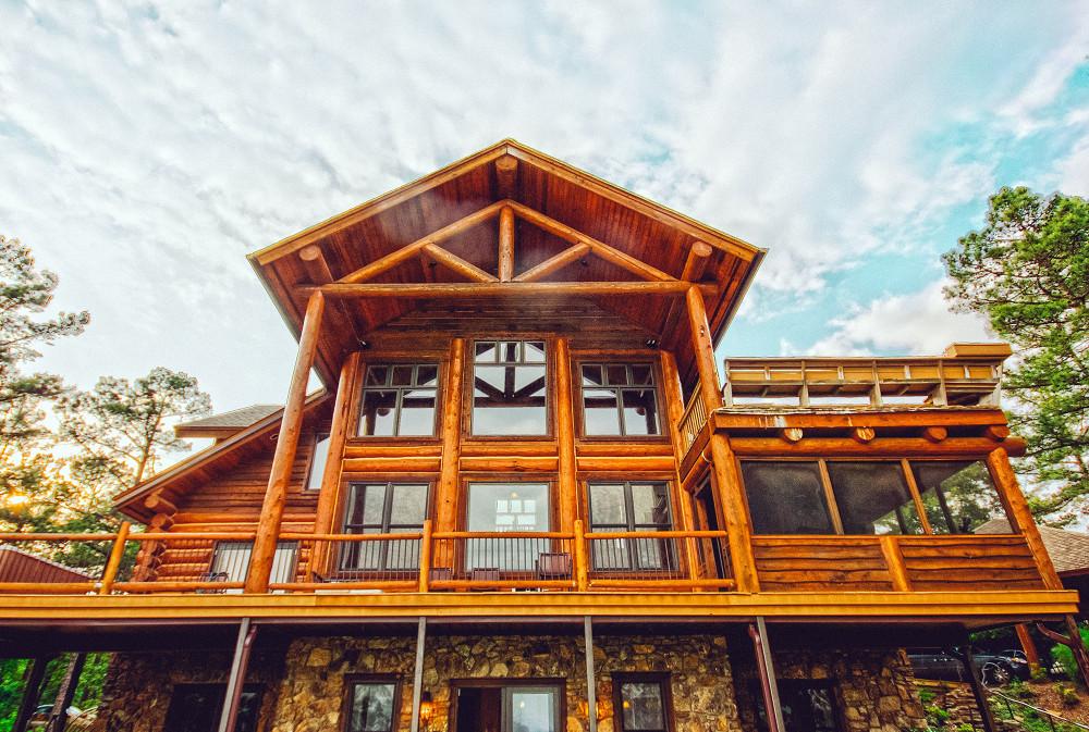 REMAX - Mountain Living Buying